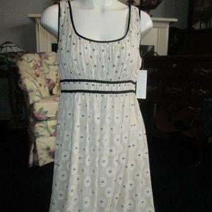 NWT - Adrianna Papell - Tannish Black Dress Size10